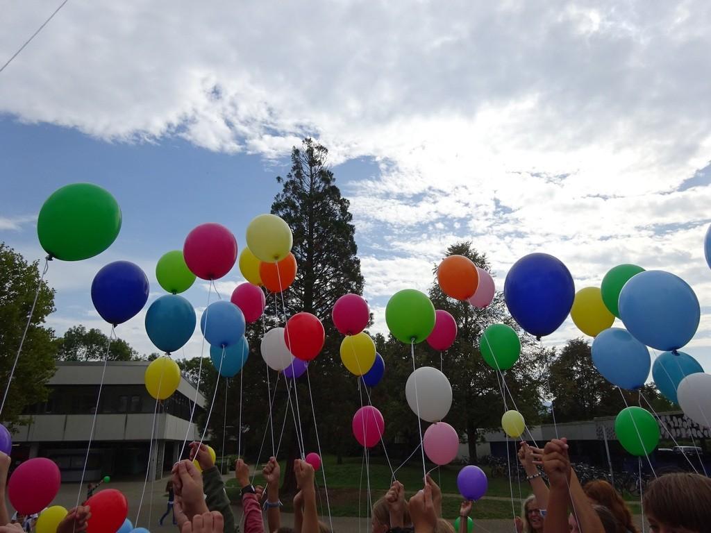 Wunschballons der Fünftklässler